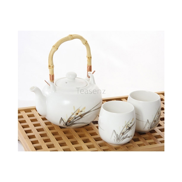"""Orchid Flower"" Witte Bone China Thee Set met 4 Koppen en Bamboe Handvat"