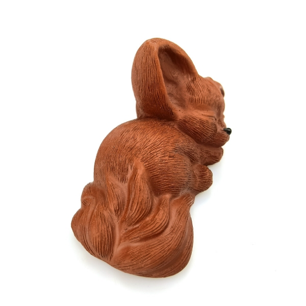 sleeping fox tea pet